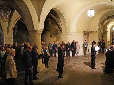 Cantando Admont, Klaus Lang, Barbara Konrad, Leitung: Cordula Bürgi / Musikalische Wanderung im Dombezirk / 12.10.2018 Kreuzgang Brixen