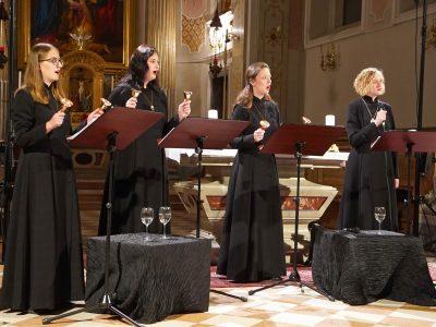 "Ensemble Kebataola, Leitung: Karmina Silec / ""Du bist ein Weinberg"" / 11.10.2019 Kirche des Priesterseminars Brixen"