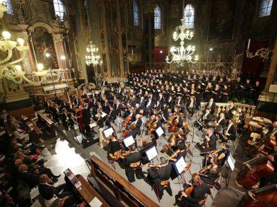 "Slovenian Philharmonic Orchestra & Choir, Valentina Farcas (Sopran), Bettina Ranch (Mezzosopran), Leitung: Hansjörg Albrecht / Gustav Mahler: Symphonie Nr. 2 ""Auferstehung"" / 17.07.2019 Dom Brixen"